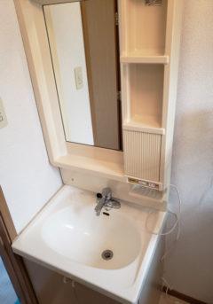 鯖江市内のM様邸の洗面化粧台取替工事 Part.1