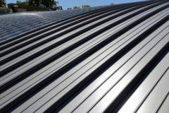屋根カバー工法ってどんな工事?